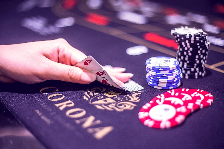 Casino Corona Clip